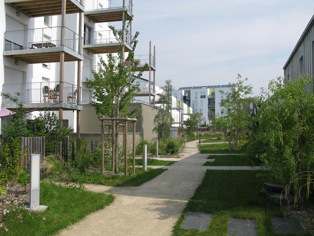 Nantes saint joseph de porterie 44 les jardins de for 11 rue de la maison blanche nantes